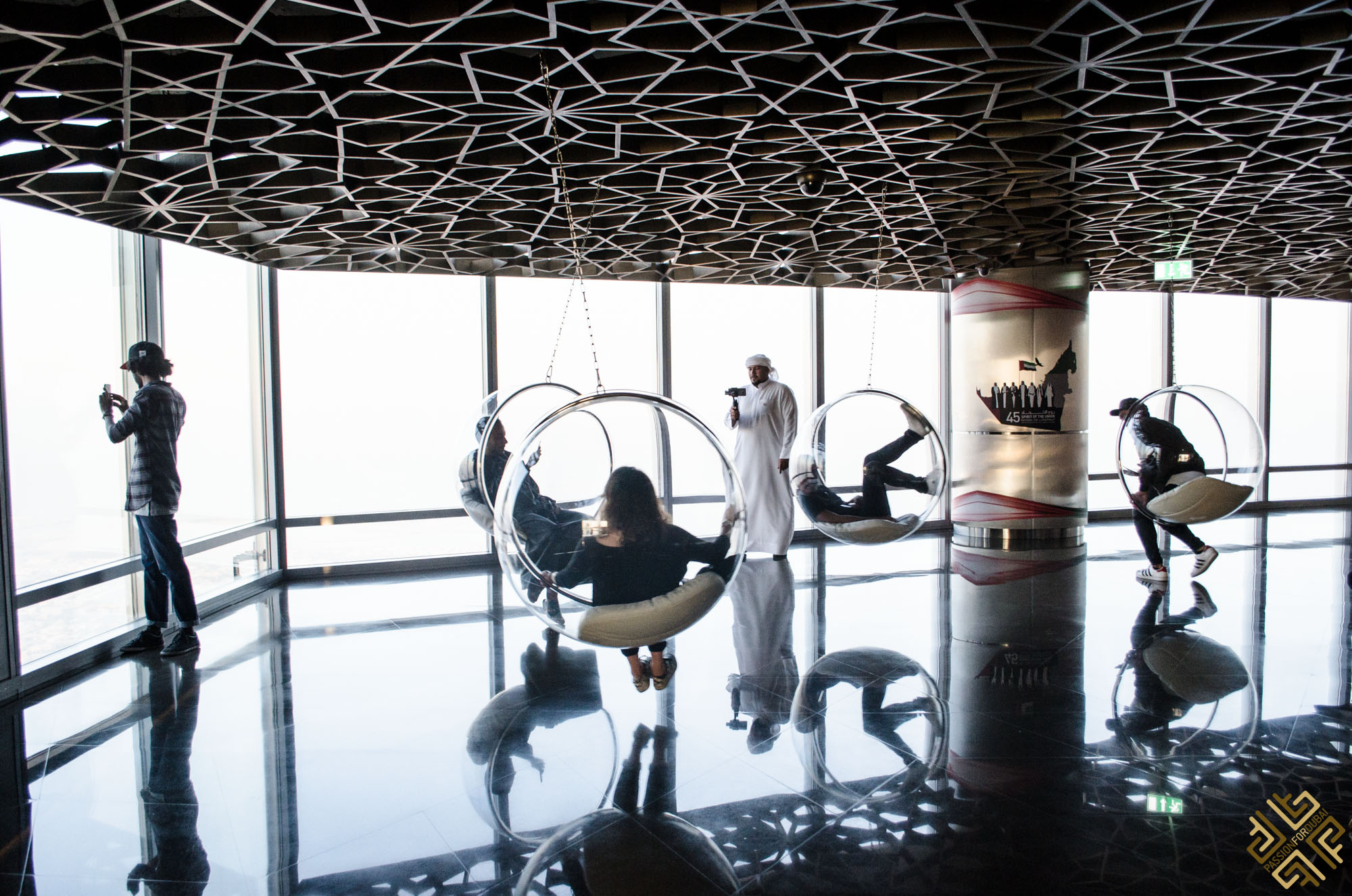at-the-top-of-burj-khalifa-14