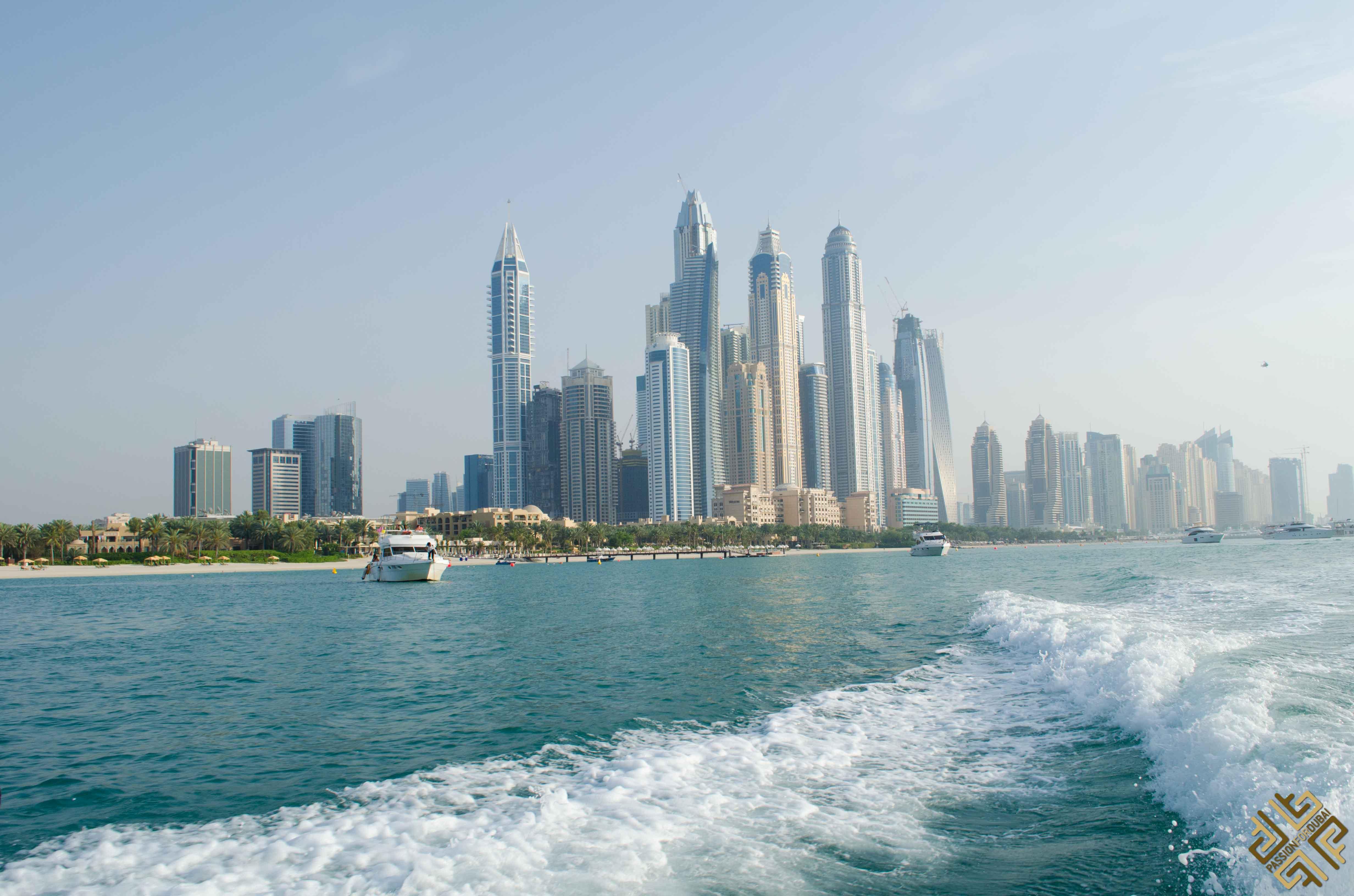Vip Yachts Dubai Cruising On A Regal 2400rx Jet Boat