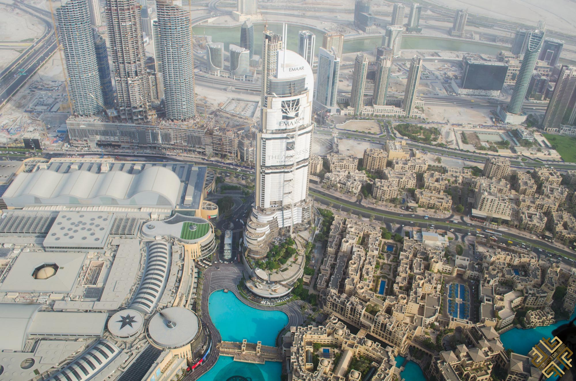 at-the-top-of-burj-khalifa-1