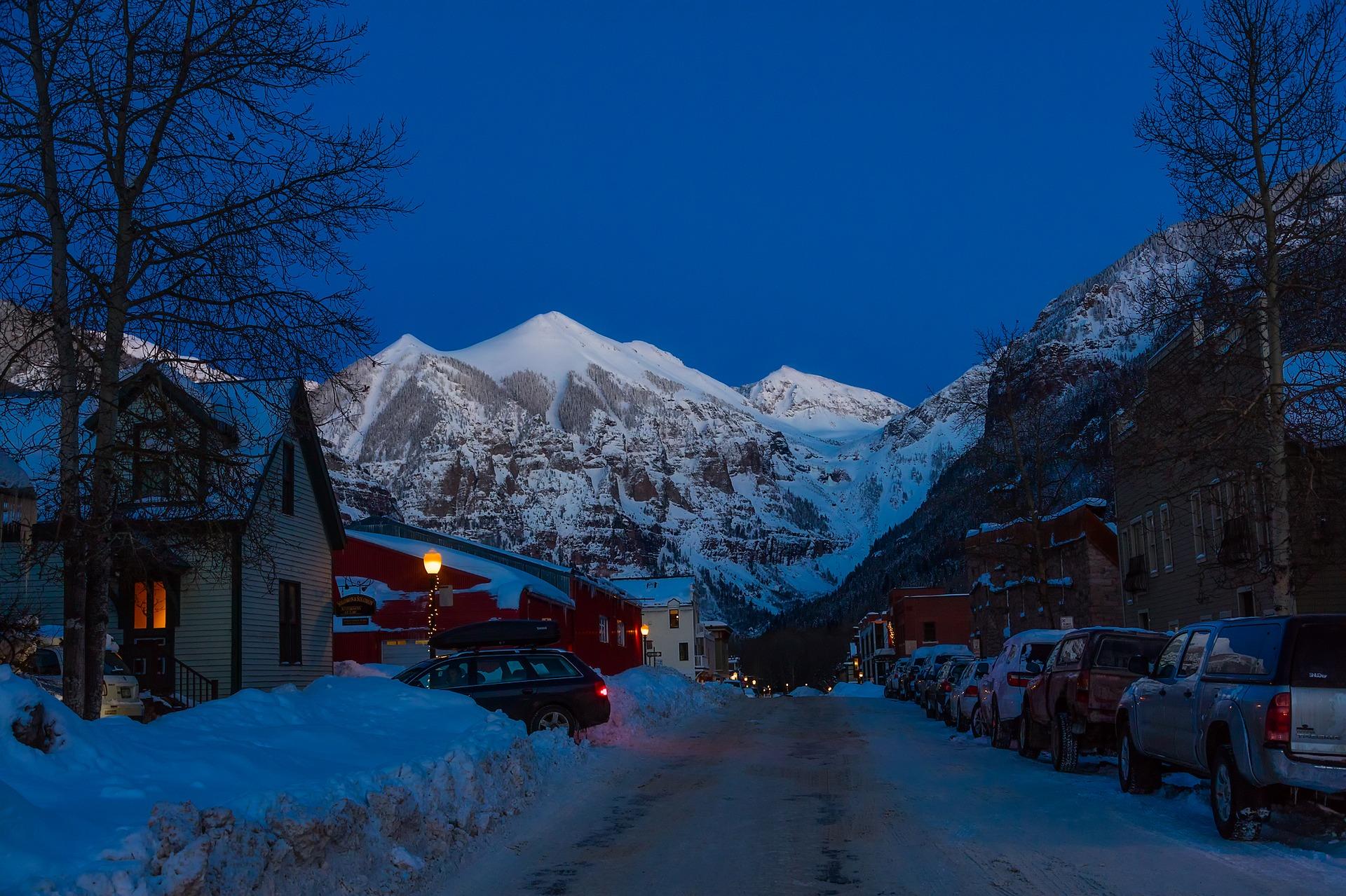 Ski retreat in colorado luxury cabins passion for dubai for Telluride co cabine