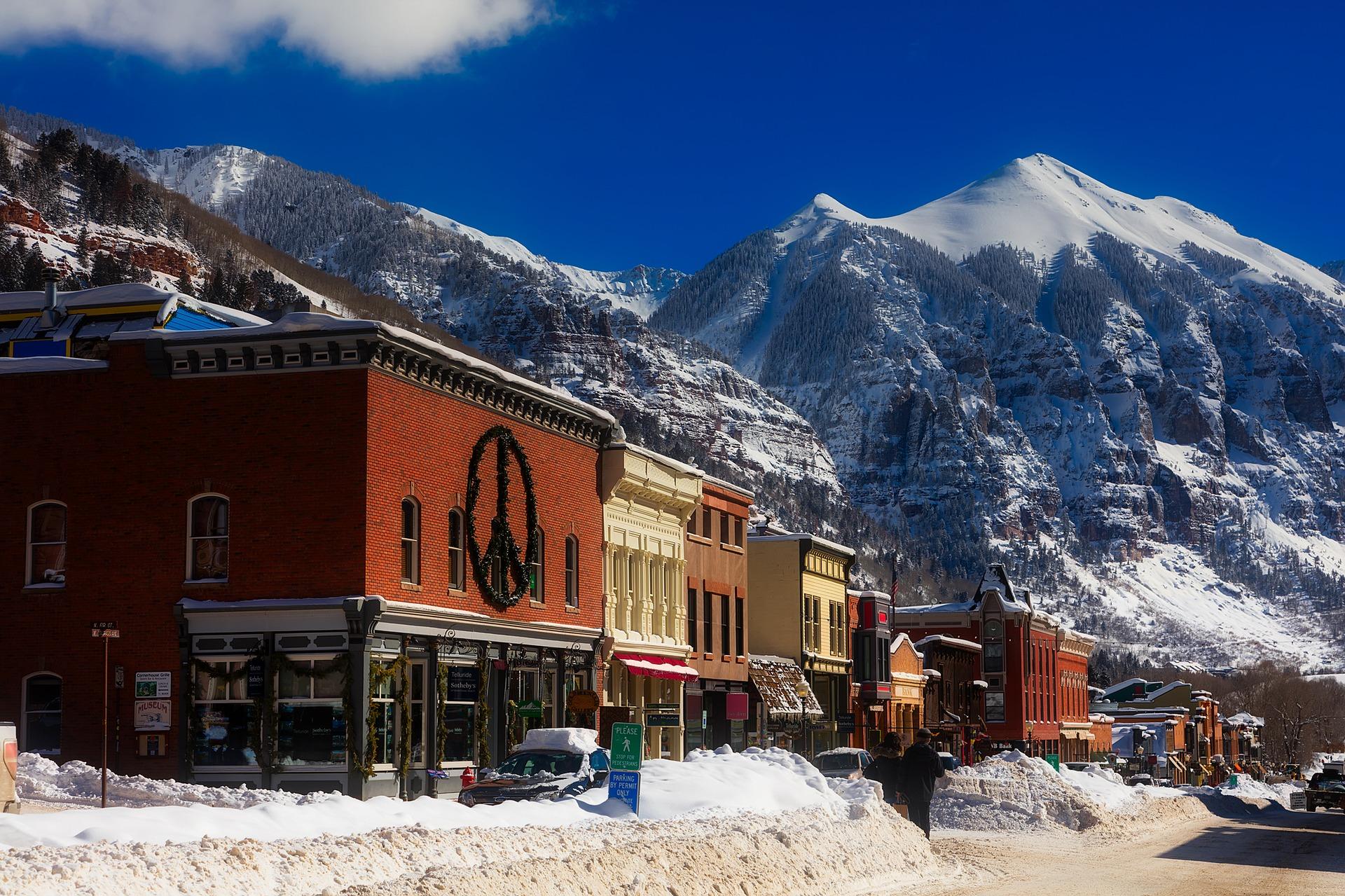 Ski retreat in colorado luxury cabins passion for dubai for Ski cabins in colorado